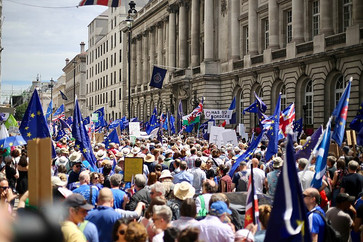 700,000 March in London For a Second Brexit Vote