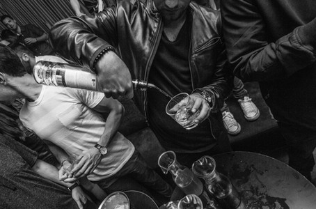 pouring-party-drinks.jpg