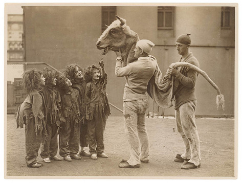 Child performers, c. 1920s-30s
