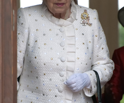 """""""Queen Elizabeth Says Bone Spurs Will Prevent Her from Meeting Trump,"""" Satire from Andy Bo"""