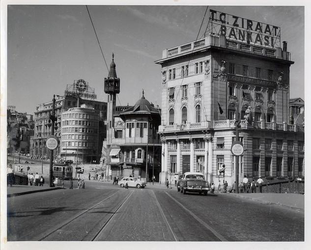 A view of Merzifonlu Kara Mustafa Pasha Mosque before the demolition, Karaköy, 15.08.1958
