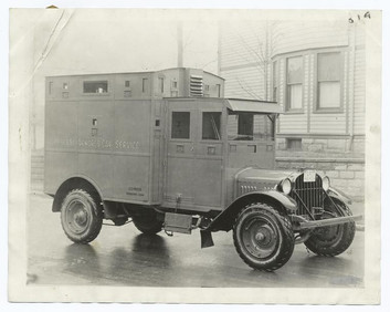 For Those Who Love Vintage Motor Vehicles. And the World's First 4 Wheel Motor Carriage