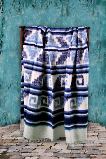 "The Amazing Wool Blankets of Momostenango, Part of Guatemala's ""Cultural Heritage"""