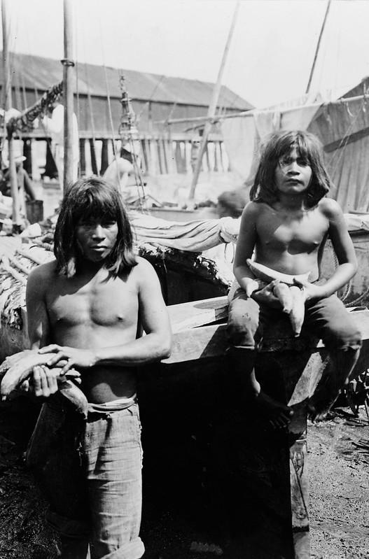 Panama - San Blas--Native Indians at beach market, c1900