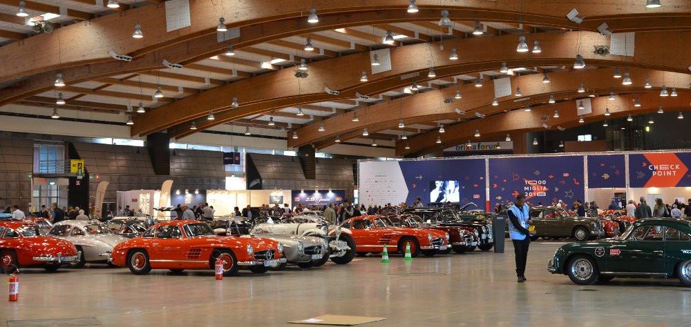 Le auto storiche che partecipano alla Mille Miglia
