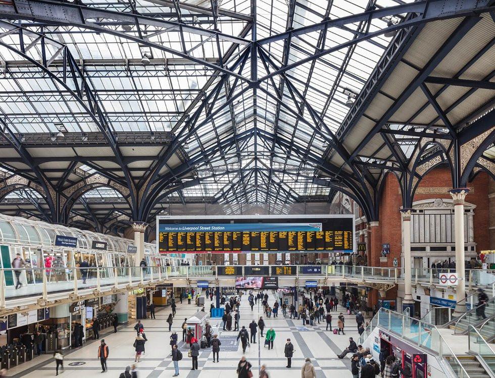 sicurezza nelle stazioni ferroviarie