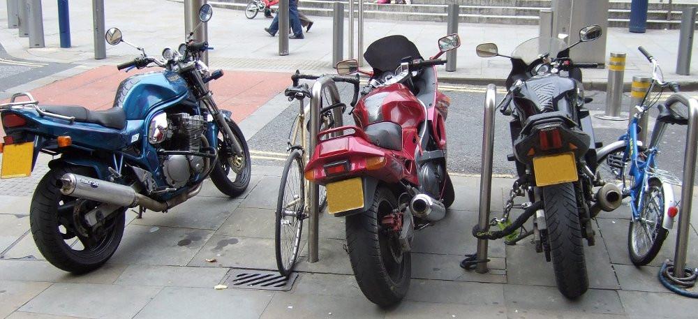 furto moto e biciclette