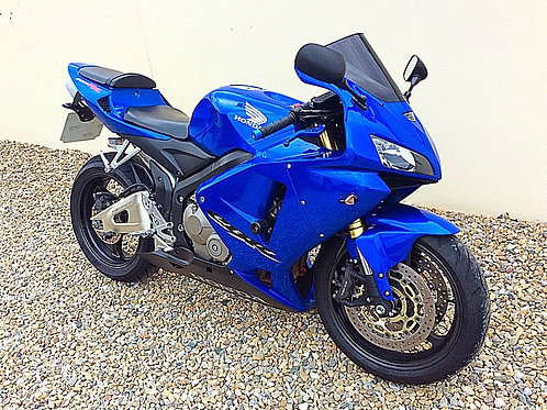 HONDA CBR600 RR SUPERSPORTS - GREAT PERFORMER