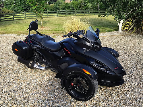 CAN - AM SPYDER RS STEALTH 1000 GS - LOADED WITH EXTRAS