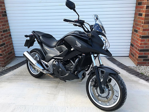 HONDA NC 750X ABS - LOW MILES AND IMMACULATE WITH FSH - SUPER EXAMPLE