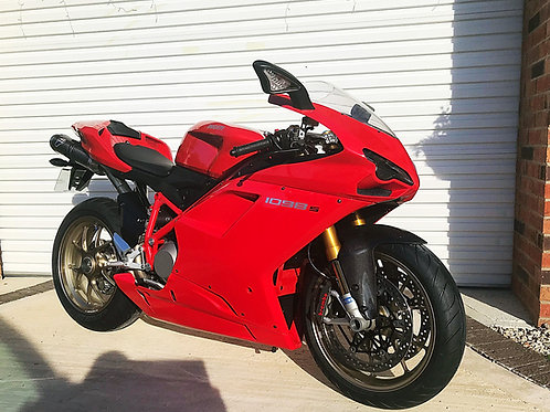 DUCATI 1098S - JUST 6,800 MILES FSH - ABSOLUTELY PRISTINE