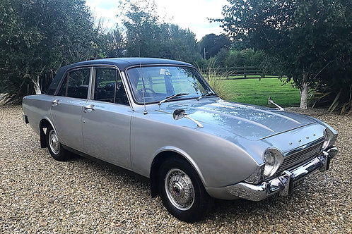 FORD CORSAIR 2000E - V4 MANUAL - LOW MILES + OWNERS