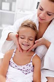 Massage maman fille.jpeg