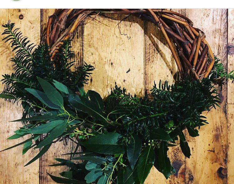 Natural wreath mixed foliage