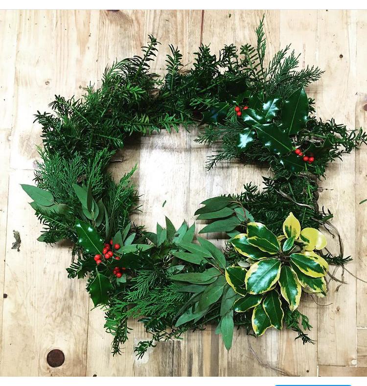 Mixed Foliage Natural Wreath