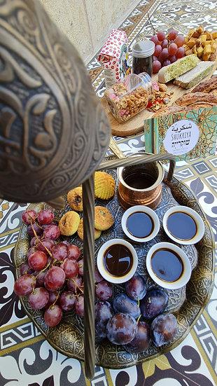 حلويات חִלְוַיַאת