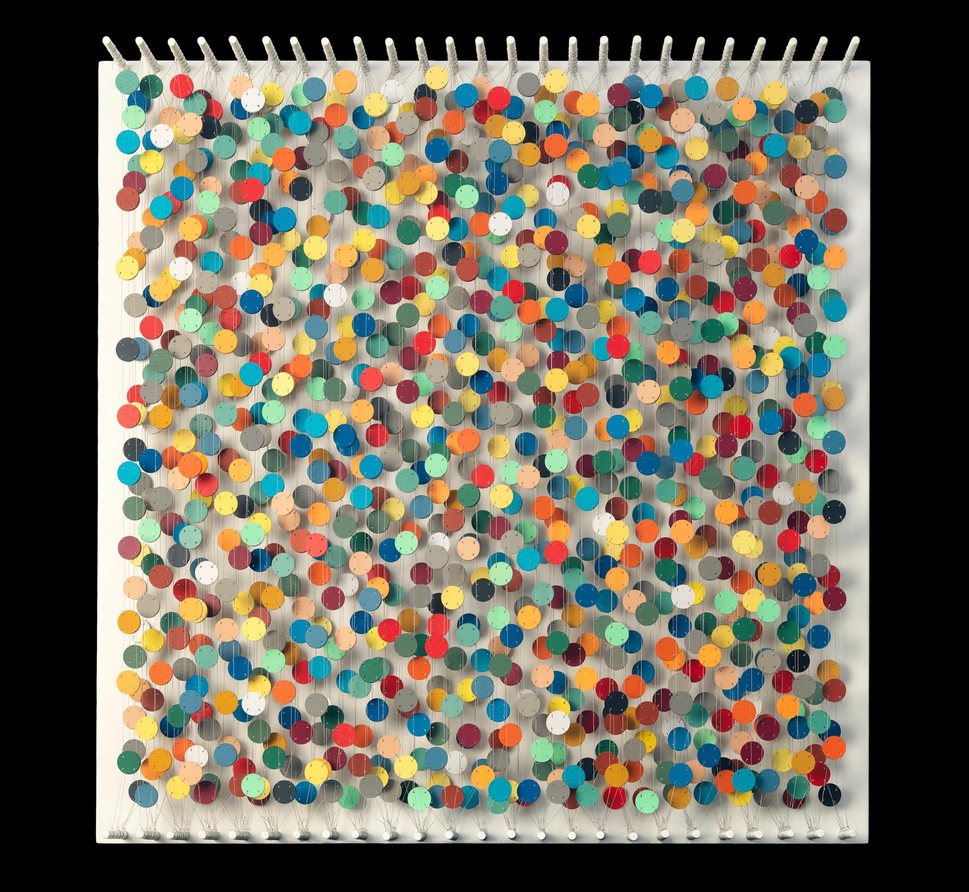 Cecilia Glazman Rainbow explosion 2017 Papel y madera pintado a mano e hilo (Hand painted paper and wood, thread) 100 x 100 cm.