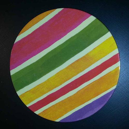Piatto in resina colorato di Giusti