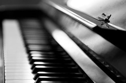 Piano in B&W