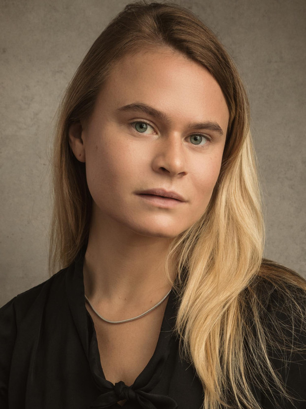 Sarah Kentish (Marie-Therese Walter/Francçoise Gilot)