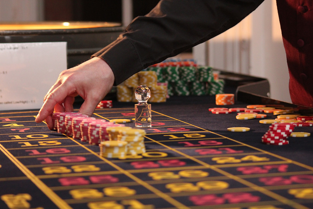 Differences Between Lottery, Gambling and Betting