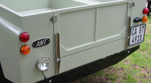 Ant - tailgate fitted 008.jpg