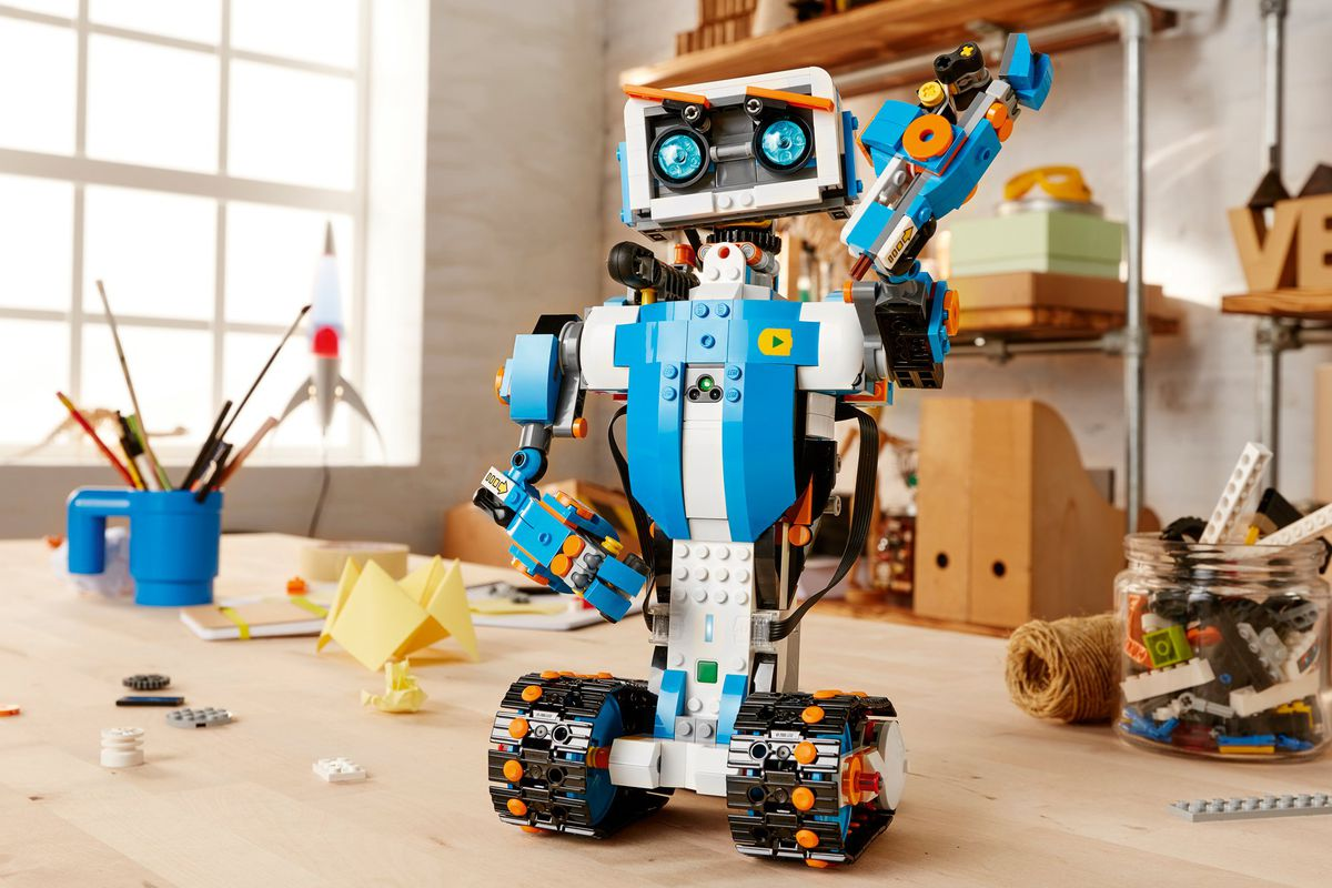 lego_boost_design_products_technology_ro