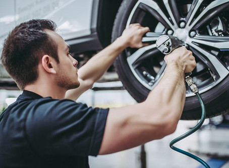 HOW TO CHECK TIRE PRESSURE TO AVOID BLOWOUTS