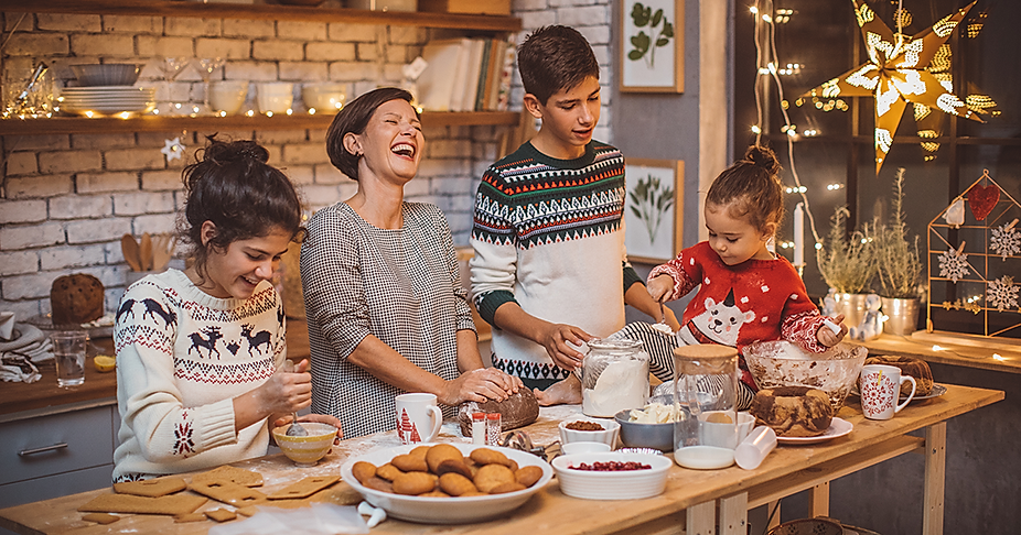 family-christmas-tradition-ideas-faceboo
