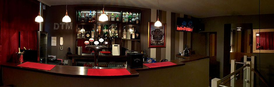 D.T.M. Brighton Bar 3.jpg