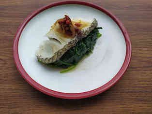 Steam Cod Fish With Spinach