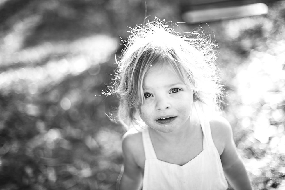 toddler-girl-with-blond-hair-blue-eyes