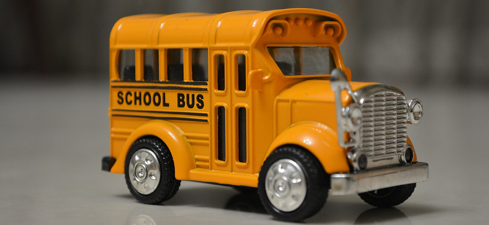 toy-yellow-school-bus