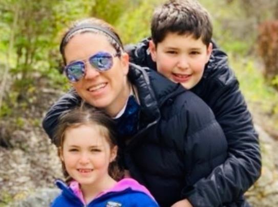 michelle-isban-with-children