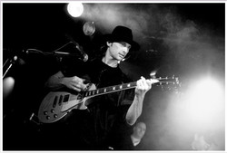 Gitarrist Bernd Bernard+Mike Reinhar