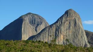 Pedra Riscada 1100m hoher Granitmonolit