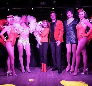 Plateau d'artistes du Madison Show Cabaret