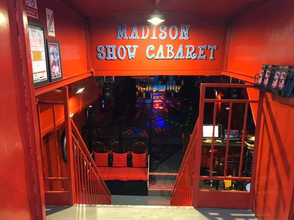 Le Madison show cabaret entrée