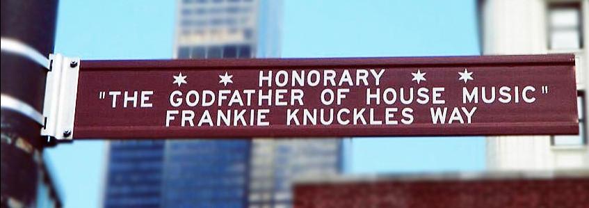Photo d'une plaque en l'honneur de Frankie Knuckles