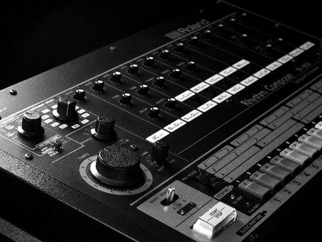 TR-808 : le succès de la boîte à rythmes