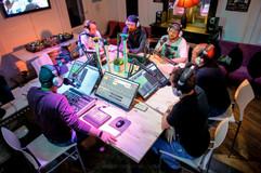 42 Hertz F2 Radio