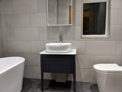 freestanding bath, countertop basin with