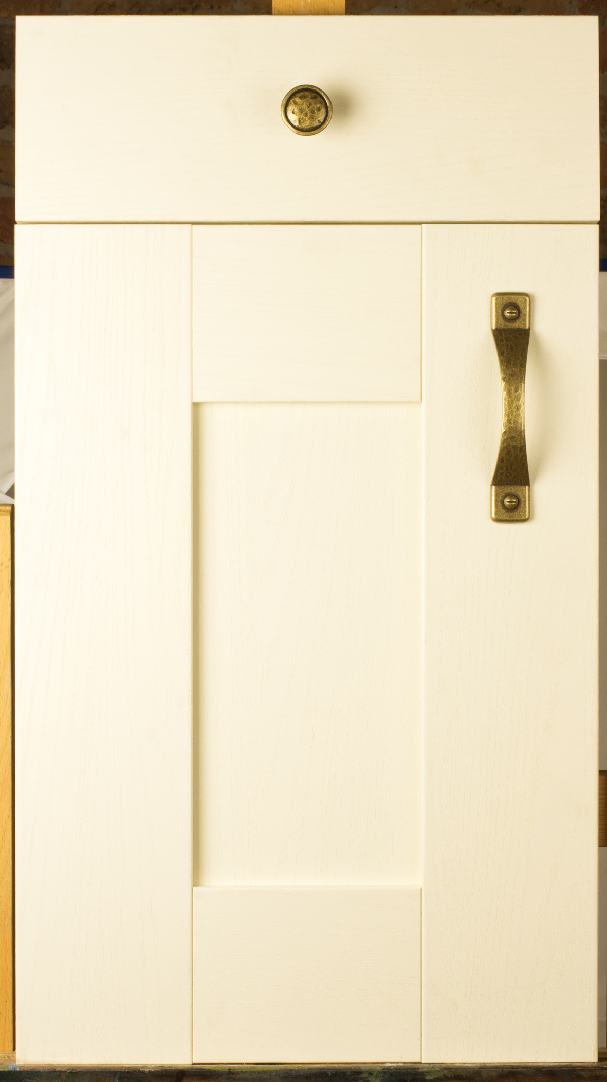 Wilton Oakgrain Cream Door