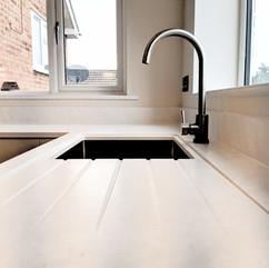 undermount sink_edited.jpg