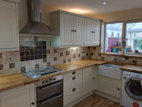 Belfast Sinks & Solid Oak Worktops