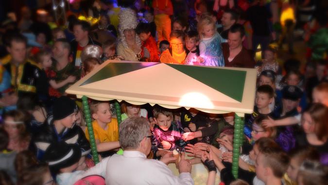 Carnavalsmiddagen bij Remise weer supergezellig