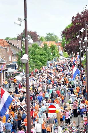 Vrijmarkt Koningsdag Drunen centrum, 2014, Gemeente Heusden