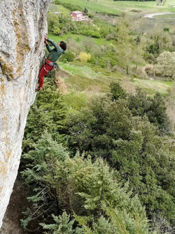 Climbing in Caposle