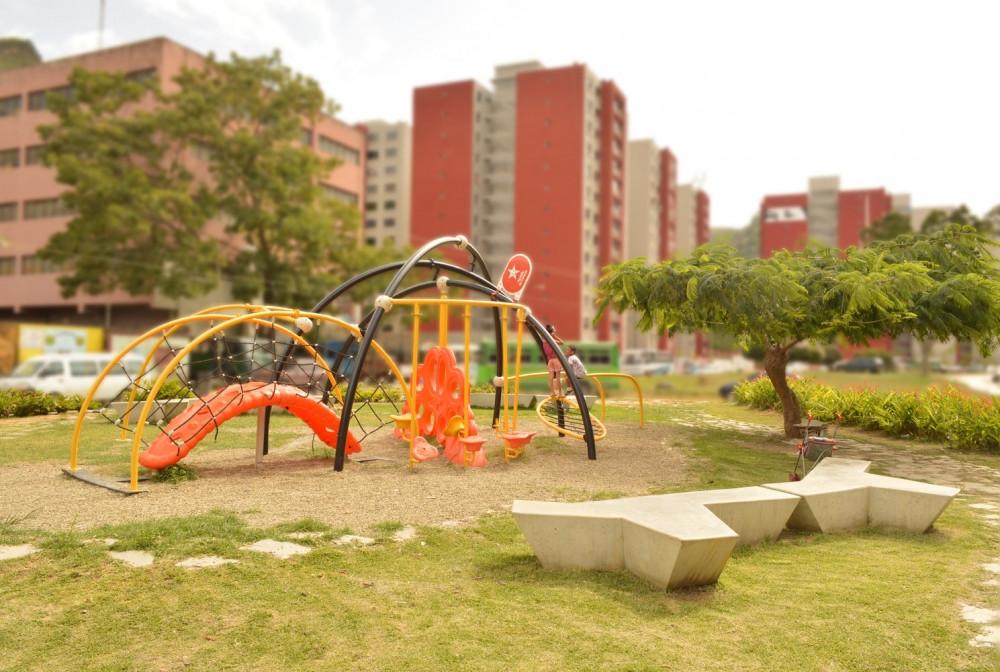 #MobiliarioUrbano #Deporte #Turismo #Felicidad #Diversión #Ventajas #MobiliarioExterior #Mobiliario #Soluciones #EspaciosUrbanos #Parque #Urbanismo