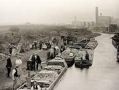 6a canal scene B&W.jpg